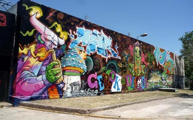 Arte callejero en buenos aires buenos aires free walks for Graffitis y murales callejeros