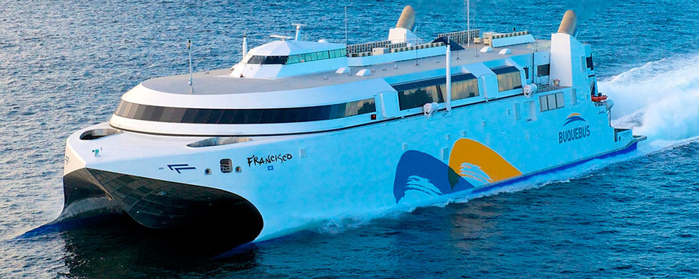 ¿Cuánto tarda el viaje en ferry desde Buenos Aires a Colonia?